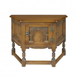 Old Charm Canted Table