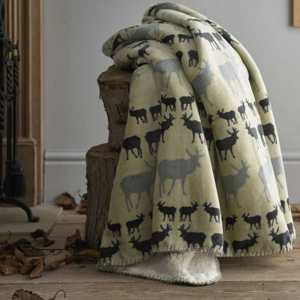 Deyongs Animal Sherpa Stag Throw Grey