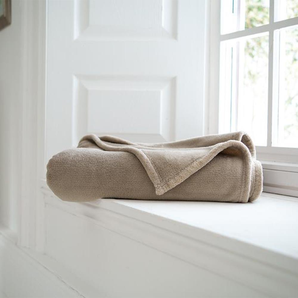 Snuggle Touch Throw Stone