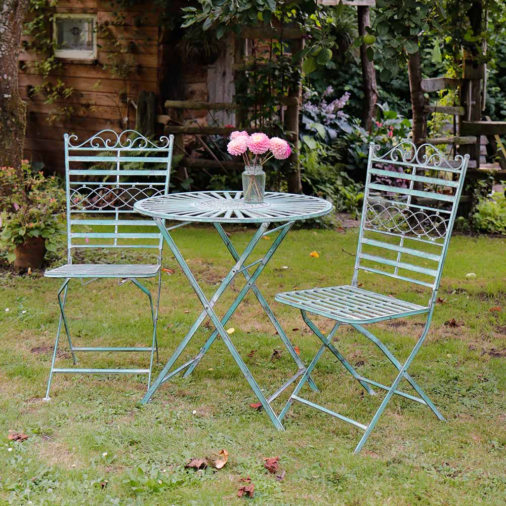 Gordes Table and 2 Chairs Bistro Set