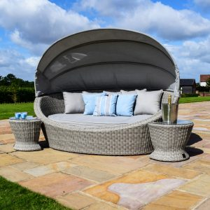 Oakham Daybed With 2 Side Tables