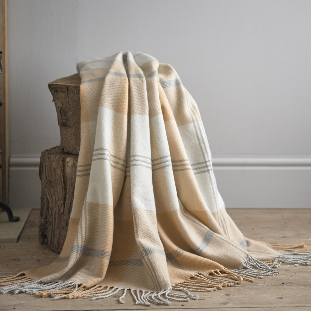 Sutton Peach 150cm x 200cm Throw