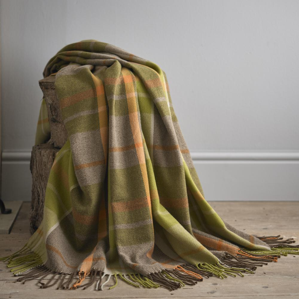 Skipton Green 150cm x 200cm Throw