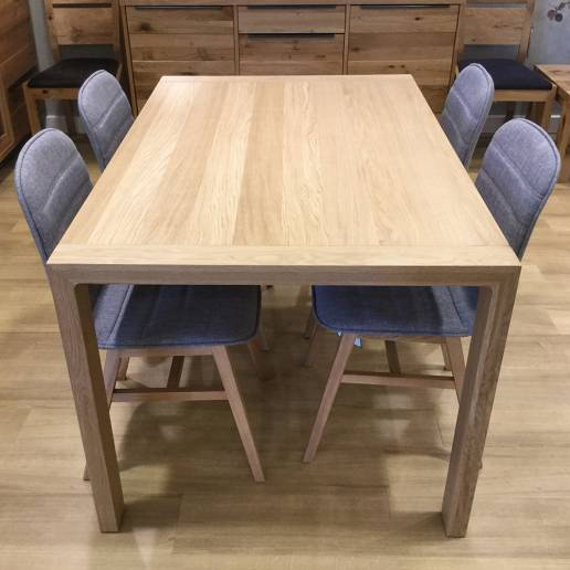 flore table & 4 chairs