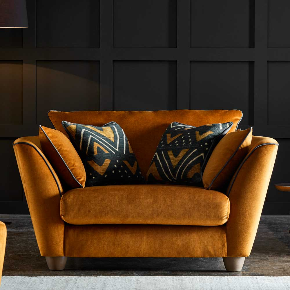 <p>Mixing style and comfort isn't always easy although we think we've found the one with the Aztec!