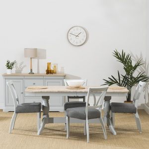 Stag Crompton Extending Dining Table and 4 Dining Chairs
