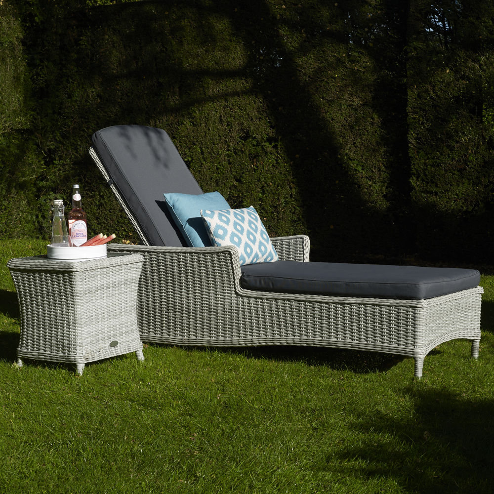 Brancaster Lounger & Season Proof Cushions