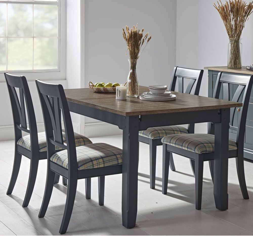 Tiverton Extending Dining Table & 4 Dining Chairs