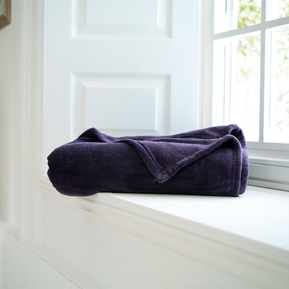 Snuggle Touch Throw Purple 140cm x 180cm
