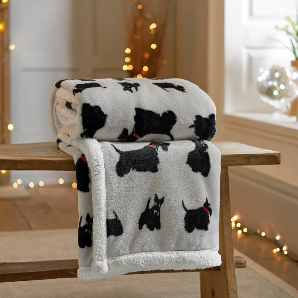 Printed Flannel Throw 140 X 180cm Terriers
